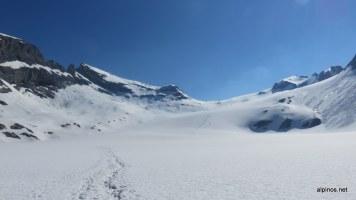 Mühsamer Abstieg über den Gletscher