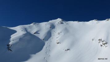 Abfahrt direkt vom Gipfel...