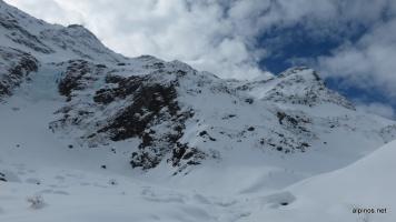 Rückblick zur Steilstufe mit Wasserfall